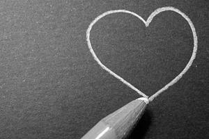 Любовь как борьба с отчужденностью и одиночеством