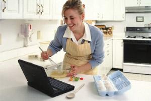 Сравнение работающей женщины и домохозяйки