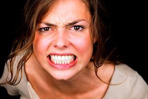 Эмоциональные и неэмоциональные люди: правила общения
