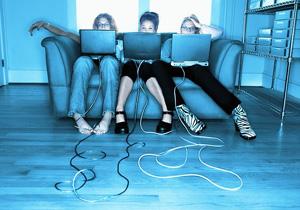 Виртуальная жизнь и общение человека в Интернете